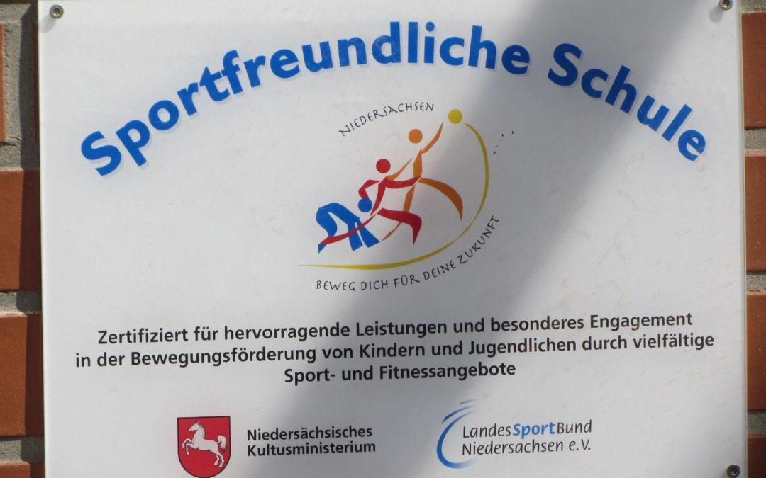 """Grundschule Fürstenau hat das Zertifikat """"Sportfreundliche Schule"""" erhalten"""